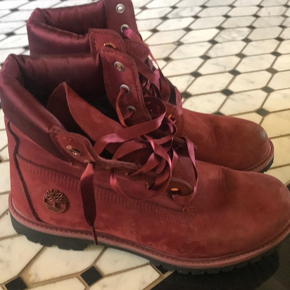 Timberland Shoes - red suede  Timberland boots